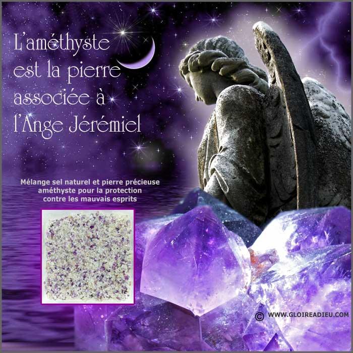 Sel et pierre précieuse améthyste pour la protection de la maison contre les mauvais esprits