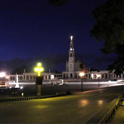 Excursion journée complète sur les lieux saints de Fatima et Coimbra