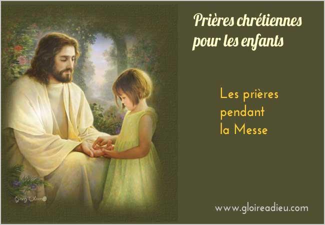 Prières des enfants pendant la messe