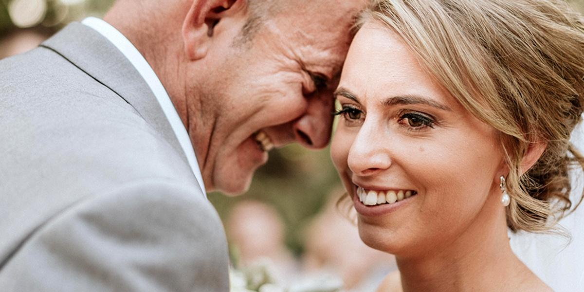 La merveilleuse réalisation d'un album de mariage pour une mariée aveugle