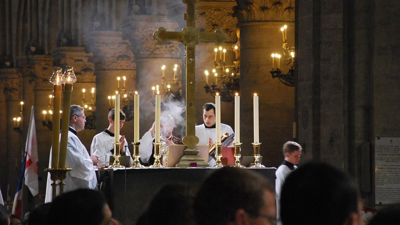 Lundi 10 juin 2019 pèlerinage de Pentecôte en direct la messe de clôture à Chartres