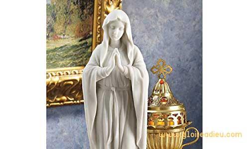 Je vous salue Marie, le Seigneur est avec toi