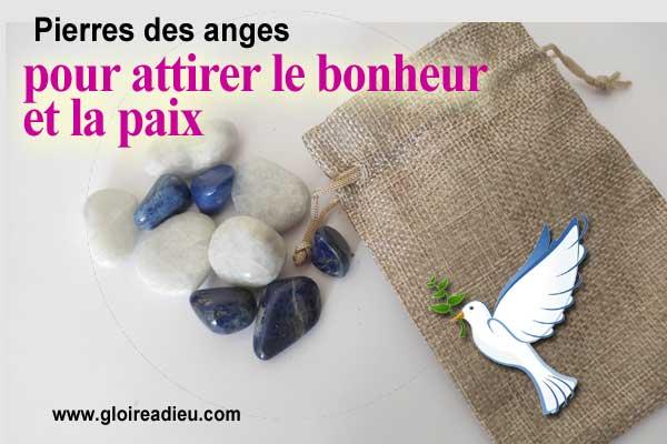 calcite et lapis-lazuli puissantes pierres pour attirer la paix et le bonheur