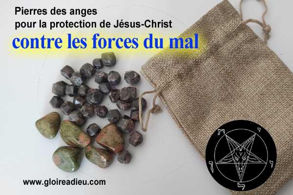 grenat et jaspe au sang précieux de Jésus pour attirer la protection de Christ contre le mal