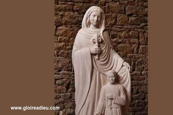 Bénédiction de la statue de la sainte vierge Marie qui garde les prêtres