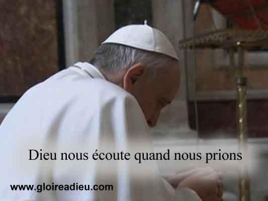 Message du pape François en arabe : Dieunous écoute quand nous prions